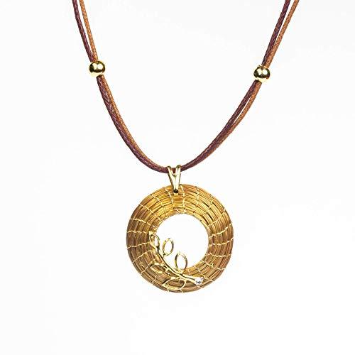 Collar Dorado con Colgante de Mandala Abierta en...